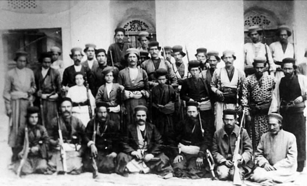 Die Freiheitskämpfer um Rais Ali Delvari